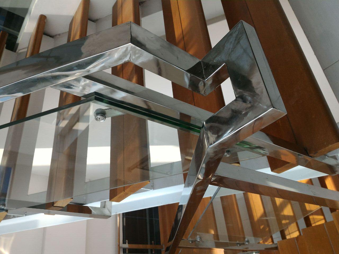 harga railing tangga kaca per meter
